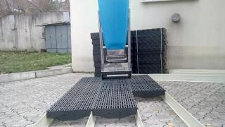 Sell plastic slatted floors, flooring, plastic
